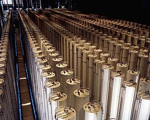 300px-Gas_centrifuge_cascade